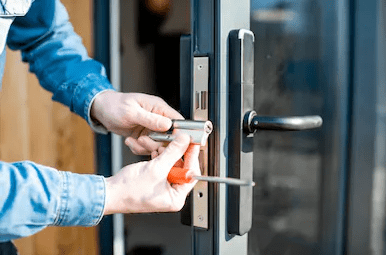 Highly experienced and qualified Locksmith