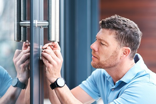 Trained locksmith professionals